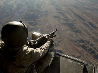 обои Обзор местности бойцом с высоты фото
