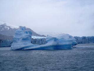 обои Дрейфующий айсберг фото