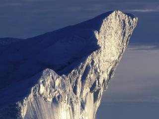 обои Острый край айсберга фото