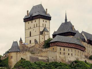 обои Замок Карлштейн Чехии фото