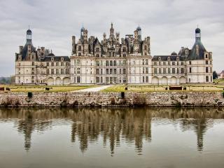обои Замок Шамбор во франции фото