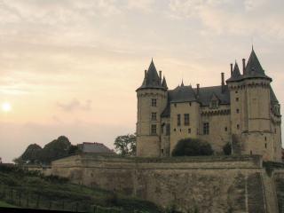 обои Замок на возвышении фото