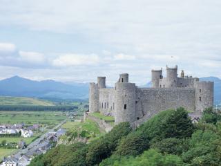 обои Пейзаж местности с замком фото
