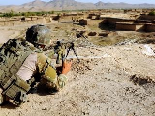 обои Солдат снайпер на войне фото