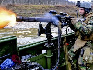 обои Стрельба с лодки фото