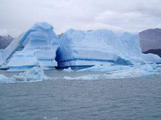 обои Столкновение айсбергов фото