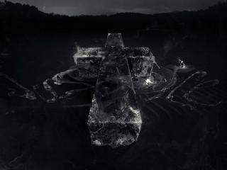 обои Крест на воде фото