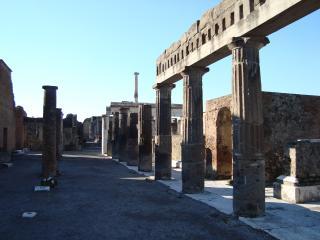 обои для рабочего стола: Вид старинного города Италии
