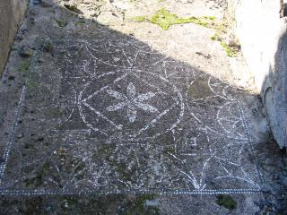 обои Узорчатая мозаика дорожки в Помпее фото