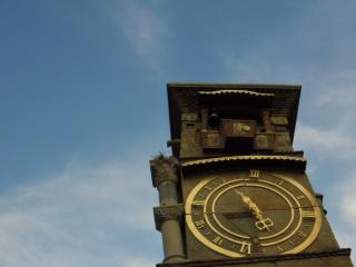 обои Башня у кафе театрального фото