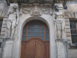 обои Дома со статуями в Дрездене фото