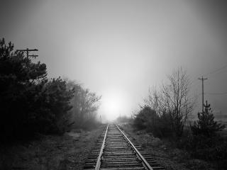 обои Пустынная железная дорога фото