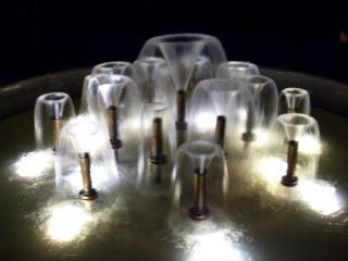 обои Малый фонтан ночью фото