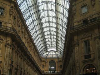 обои Купола над крестообразным пассажем в Милане фото