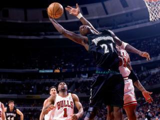 обои Нападение под сеткой баскетбольной фото