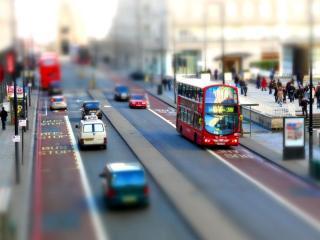обои Дорога с транспортом в городе фото