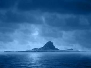 обои Зеленый остров,   туман,   луна фото