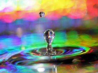обои Радужный всплеск воды фото