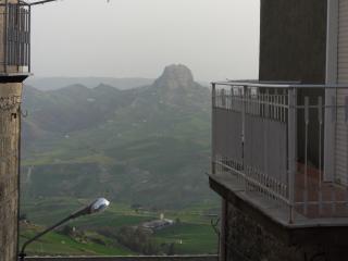 обои Вид сицилийских апеннин из балкона фото