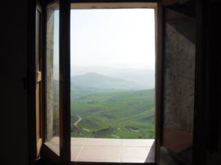 обои Природа апеннин из окна в сутере фото