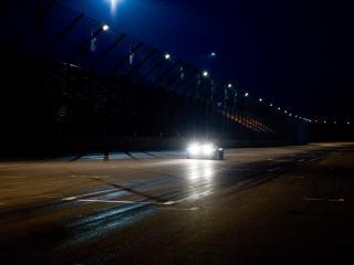 обои 2010 e-Wolf e-1 ночью фото