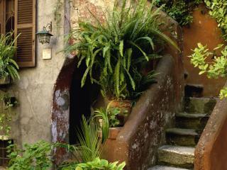 обои Фасад старого итальянского домика фото