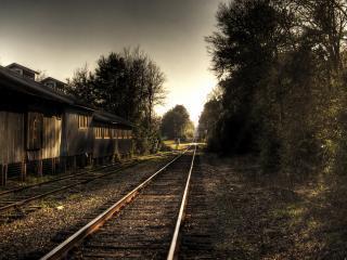 обои Железнодорожная станция в глуши,   вечер фото