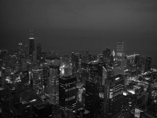 обои для рабочего стола: Черно-белое фото ночного свещящегося города