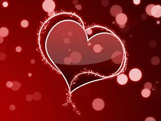 обои Нарисованные сердечки на красном фоне с бликами фото