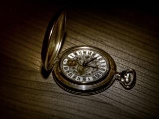 обои Старинные карманные часы фото