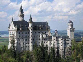 обои Замок на высоком холме фото