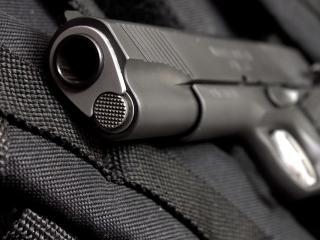 обои Дуло серого пистолета фото