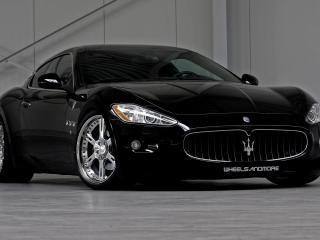 обои Maserati черный и стильный фото