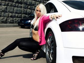 обои Audi и девушка фото