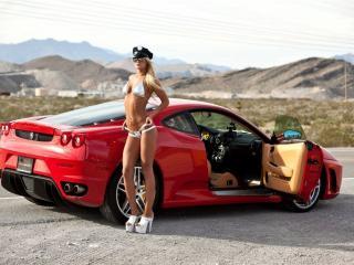 обои Ferrari и девушка фото