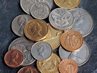 обои Чеканка на монетах фото