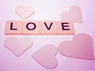 обои Любовь и розовые сердечки фото