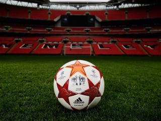 обои Мячь на спортивной арене фото