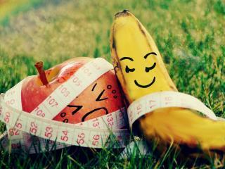 обои Разрисованные банан и яблоко фото