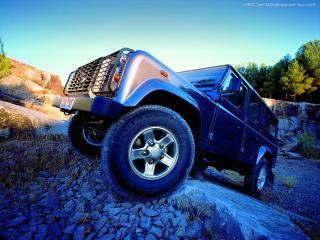 обои Land Rover в горах фото