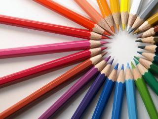 обои Круг из разноцветных карандашей фото