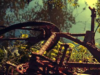 обои Ржавый брошеный велосипед фото