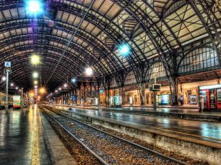 обои Просторный вокзал под навесом фото