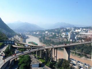 обои Мост с развилкой дорог через реку фото