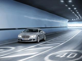 обои Bentley Continental GT 2011 в тунели фото