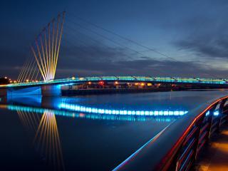 обои Желто-голубые огни моста фото