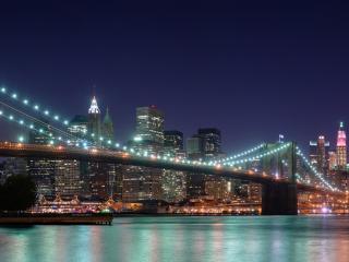 обои У моста крупный город фото