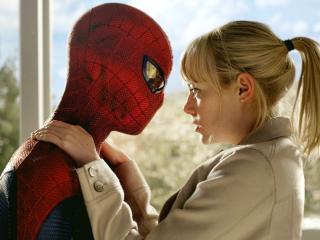 обои Человек паук с девушкой фото