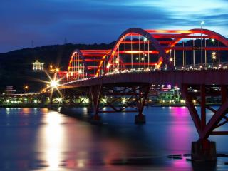 обои Железобетонный мост с освещением фото