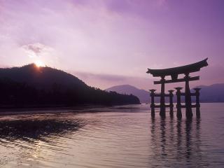 обои Постройка восточного стиля в воде фото
